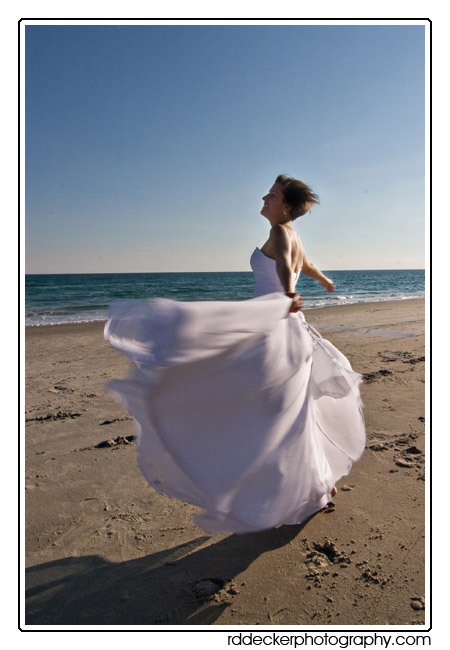 Atlantic Beach, Emerald Isle and Indian Beach are all popular southern Outer Banks beach wedding locations. The nearby communities of New Bern, Oriental and Jacksonville also host many weddings.